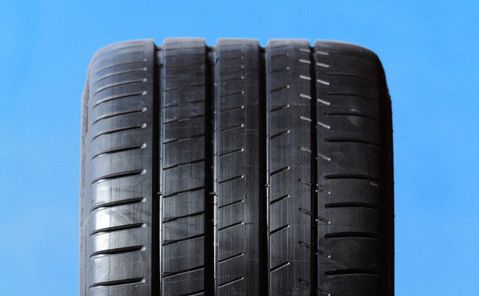 Vale a pena encher os pneus com nitrogénio? (2)