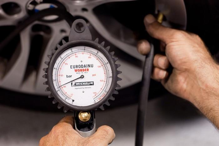Vale a pena encher os pneus com nitrogénio? (3)