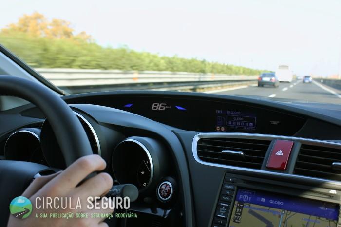 A rádio do carro pode ser uma grande companheira de viagem