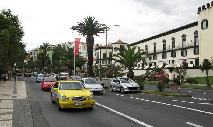 Venda de carros novos aumenta em Portugal
