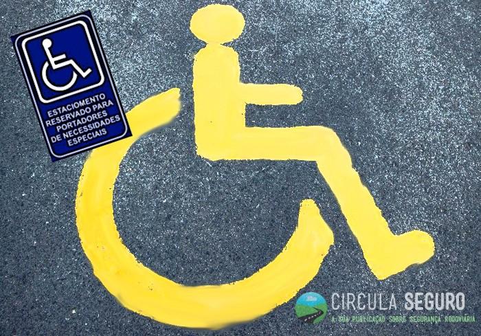 estacionamento deficientes