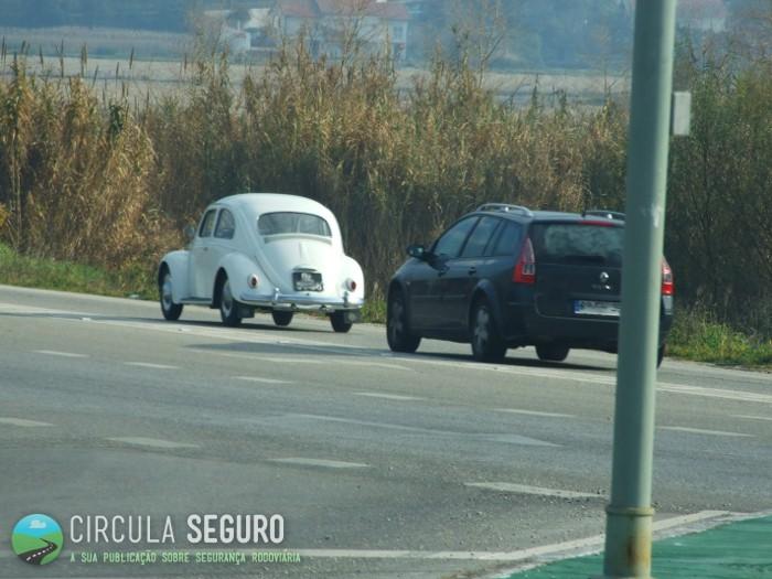 Tempos antigos e tempos modernos nas estradas de Portugal