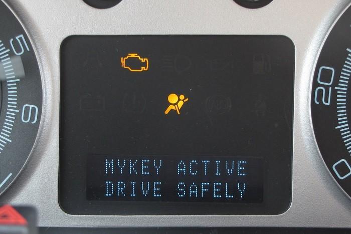 Controlo parental ajuda na segurança rodoviária