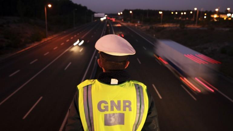 Cuidado com falsos GNR. Como identificar polícia?