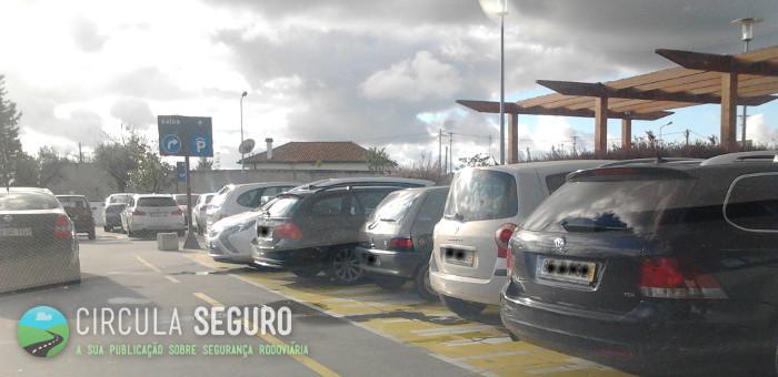 Estacionamento reservado a determinado tipo de condutores e respectivo desrespeito