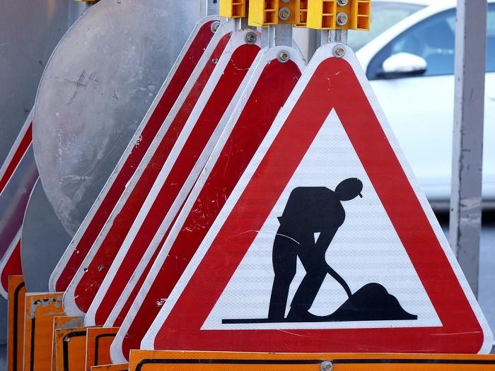 Conhece a hierarquia dos sinais, regras, marcas e ordens de trânsito?
