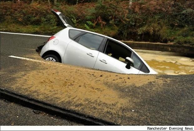Danifiquei o carro num buraco. Quem paga?