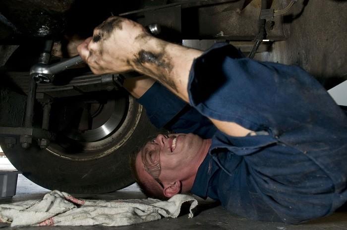Sabe decifrar a nomenclatura SAE do óleo do motor?
