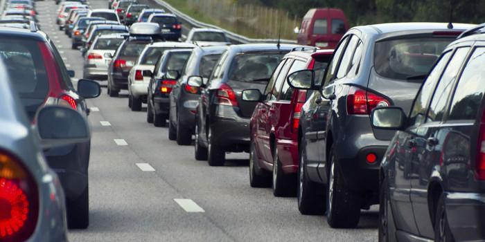 Distância de segurança nas filas de trânsito