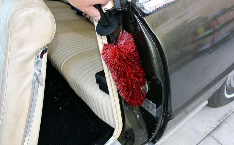 Como limpar plásticos encardidos