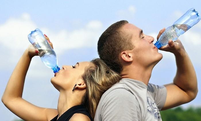 A importância da hidratação para uma condução segura
