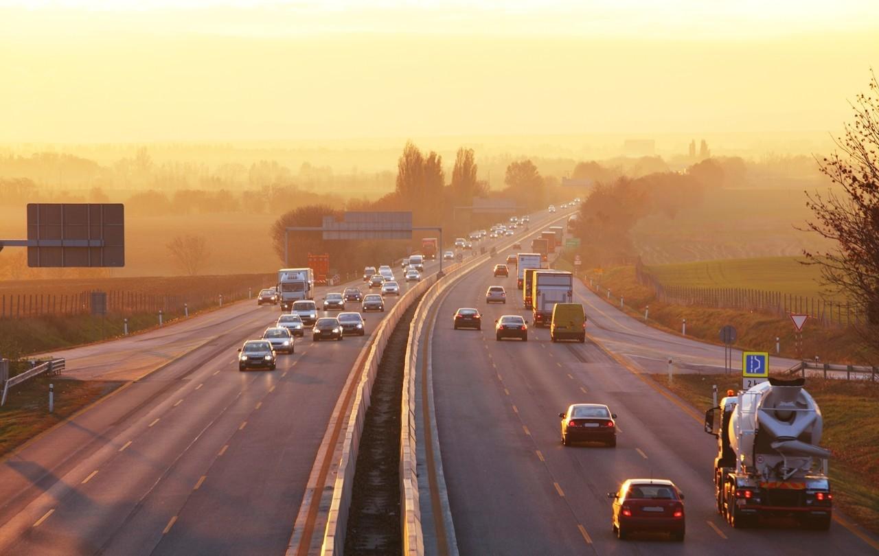 Seis regras para conduzir na autoestrada
