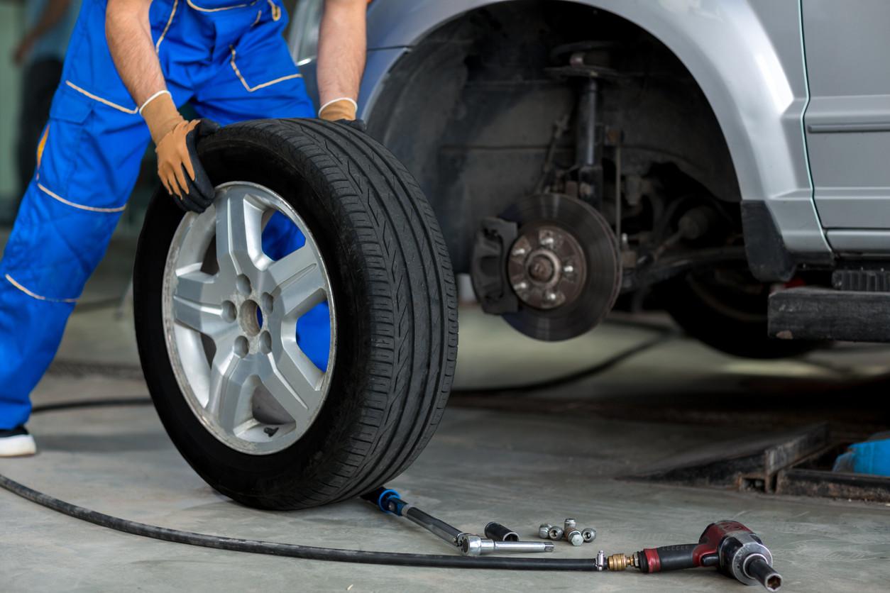 Ainda se deve fazer rotação de pneus?