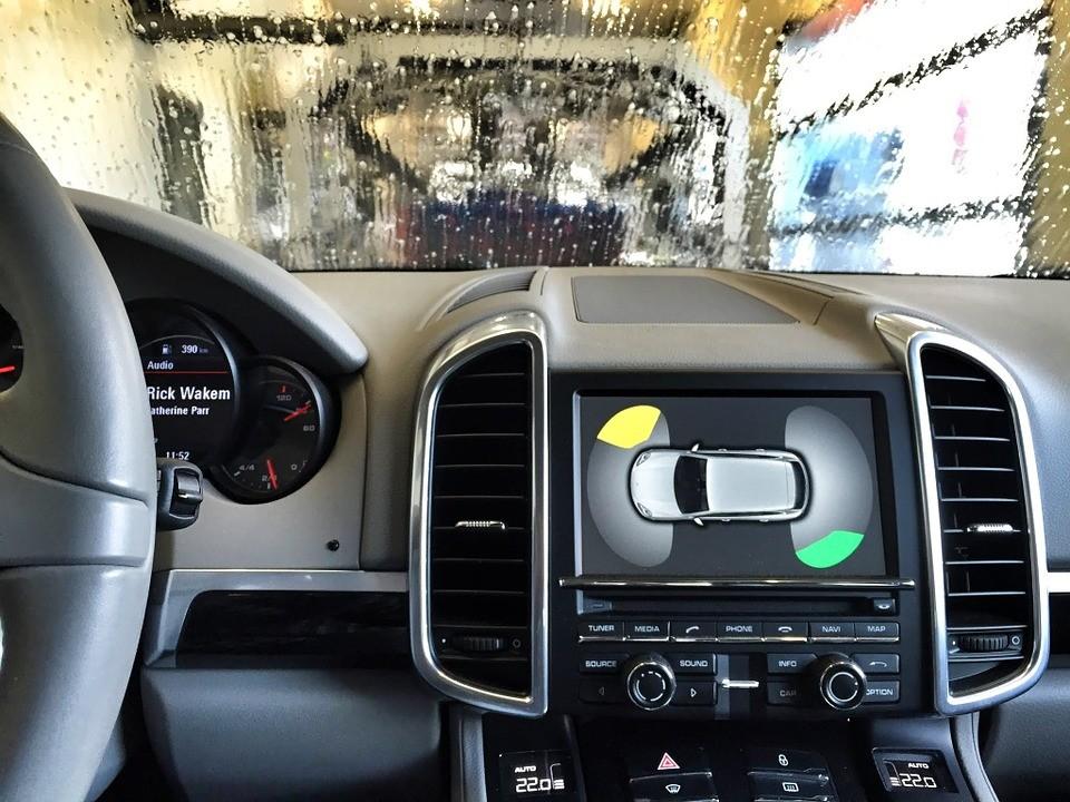 Sabe como lavar o seu SUV/TT?