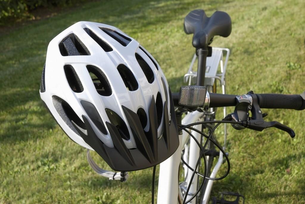 Guia para escolher o melhor capacete de ciclista