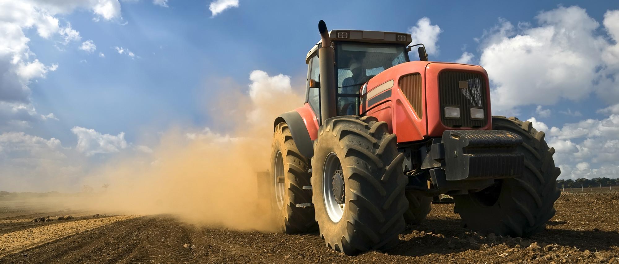 Máquinas agrícolas, tratores e segurança rodoviária