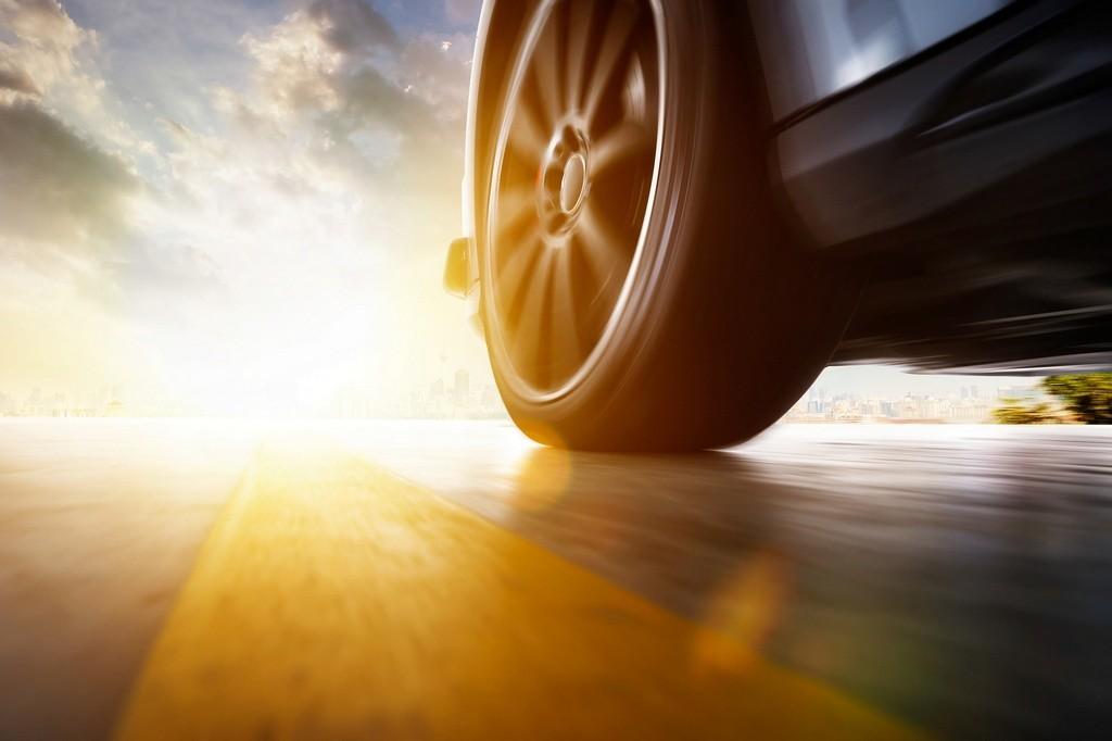 Asfalto Acústico: como ouvir os carros elétricos?