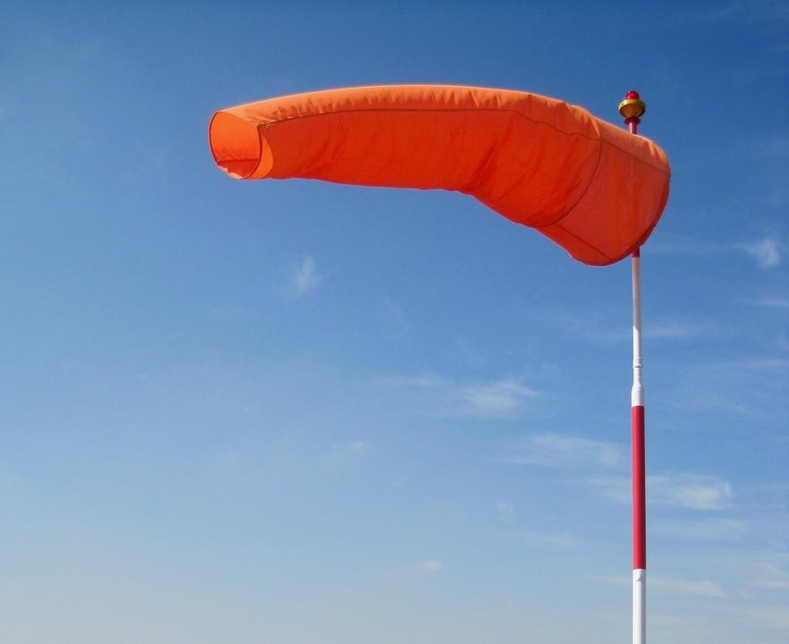 Conduzir com vento: saiba fazê-lo com toda a segurança