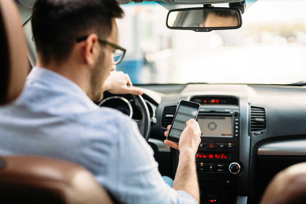 SMS: Conhece os riscos de responder a uma mensagem enquanto conduz?
