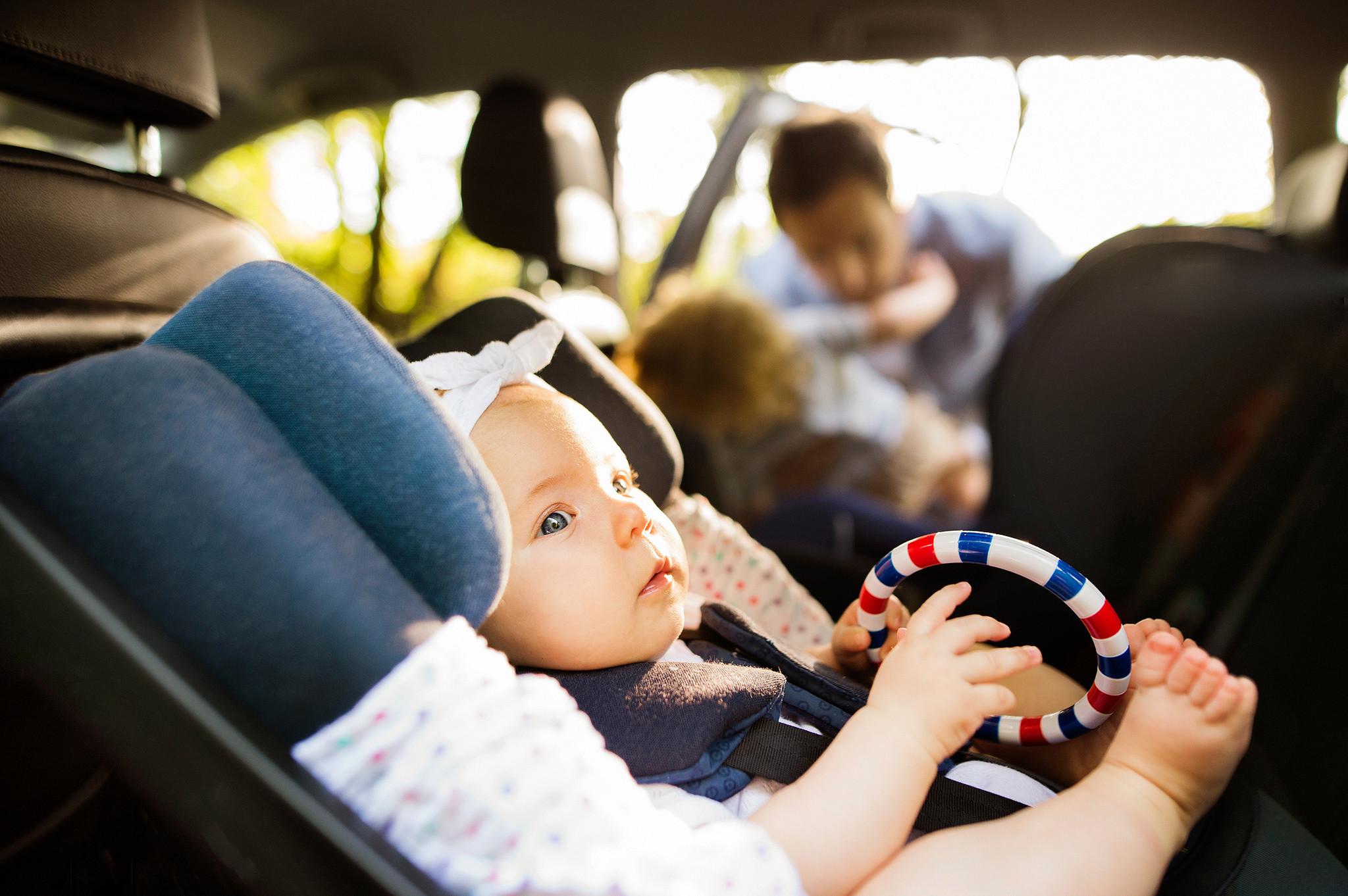 Quantas cadeirinhas pode instalar no carro?