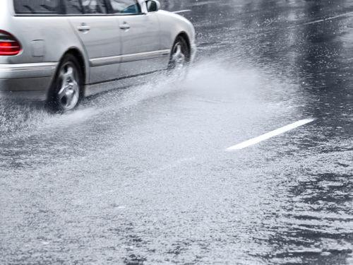 Como evitar acidentes em dias de chuva?