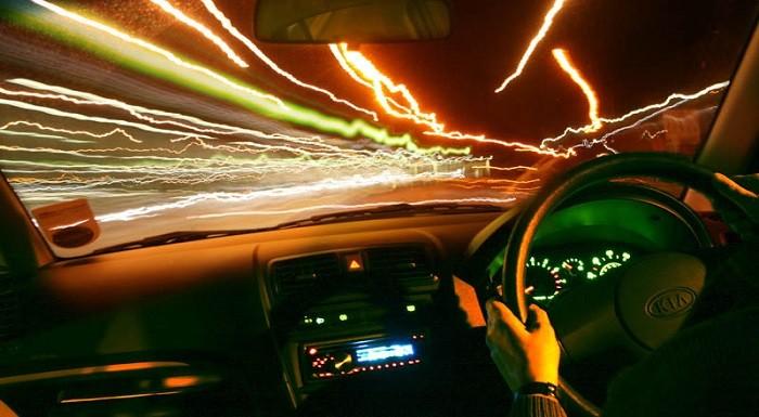 Não há santo que salve um condutor distraído