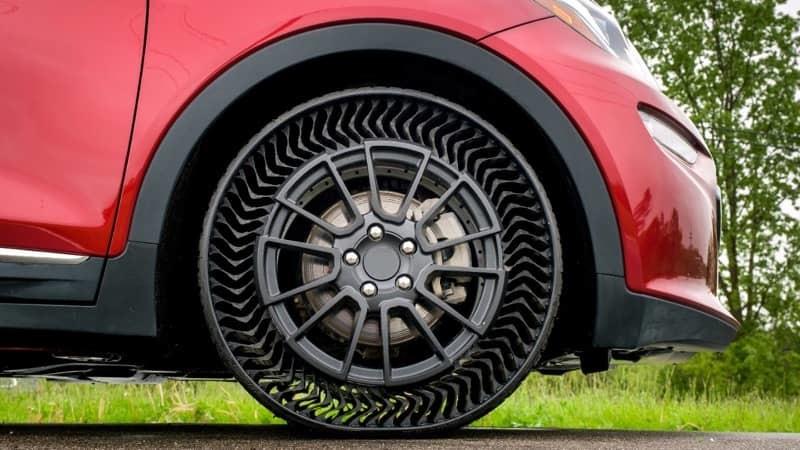Michelin e GM revelam novo pneu sem ar para veículos ligeiros