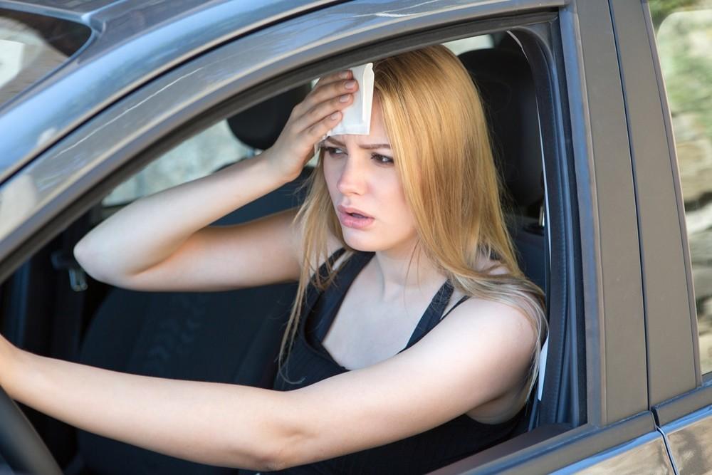 Conselhos para conduzir em plena onda de calor