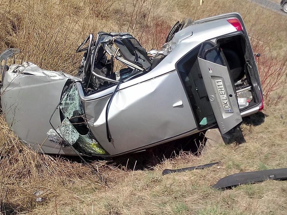 285 mortos nas estradas portuguesas até 15 de agosto