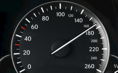 Volvo limitou a velocidade a 180km/h