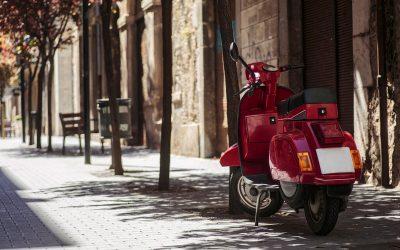 A moto e a bicicleta podem ser a alternativa durante o desconfinamento