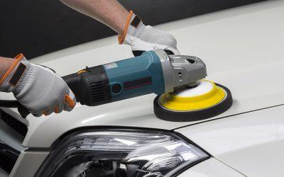 Preste atenção à pintura do carro