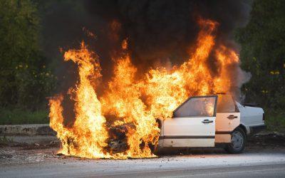 É recomendável ter um extintor no carro?