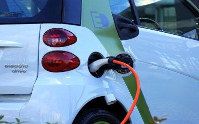 Quais os custos que deve ter em conta ao viajar com um veículo elétrico?