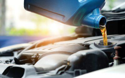 Sabia que existem diferentes tipos de óleo do motor?