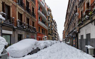 O que ter em conta se o seu carro dormir na rua durante uma vaga de frio?