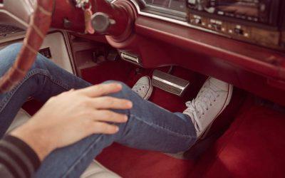 Pedais: 7 erros frequentes que cometemos a conduzir