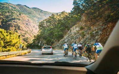 Grupos de ciclistas: o desafio de conviver em segurança