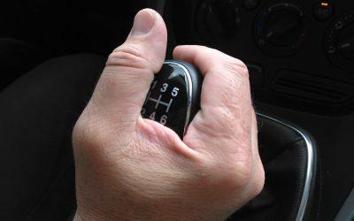 Como perceber se a caixa de velocidades do seu carro tem uma avaria?