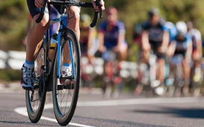 Ciclistas e voltas: manobras de alto risco