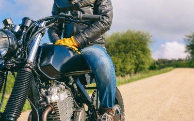 Roupa de segurança para motociclistas: contar com uma segunda pele