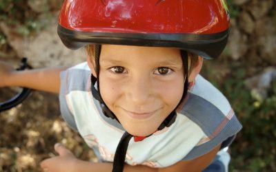 Pedalar com a cabeça: capacetes inteligentes